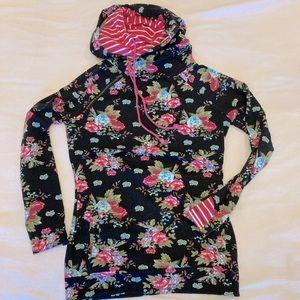 GUC Mindy Mae's Market black floral double-hood